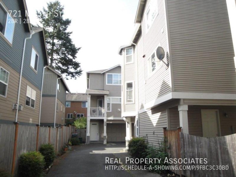 721 N 95th St, #B, Seattle WA 98103 - Photo 2