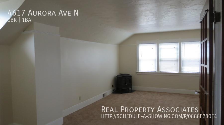 4617 Aurora Ave N, Seattle WA 98103 - Photo 5