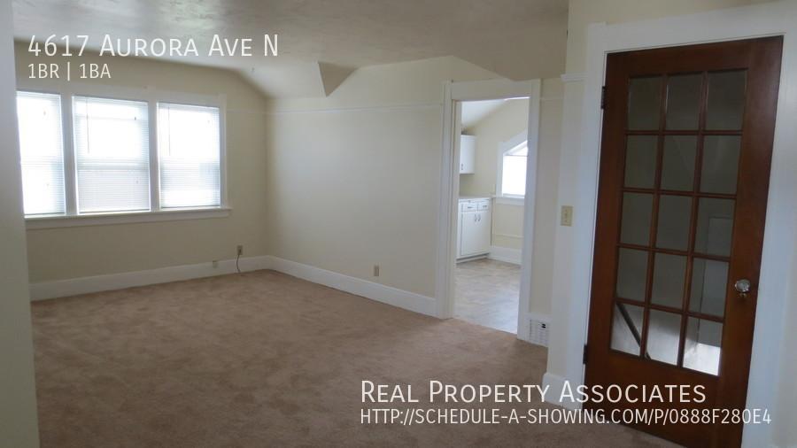 4617 Aurora Ave N, Seattle WA 98103 - Photo 6