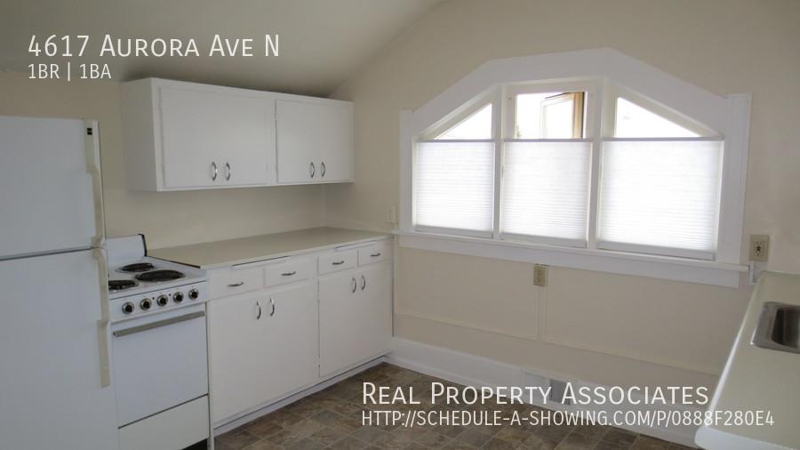 4617 Aurora Ave N, Seattle WA 98103 - Photo 8