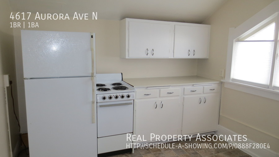 4617 Aurora Ave N, Seattle WA 98103 - Photo 10