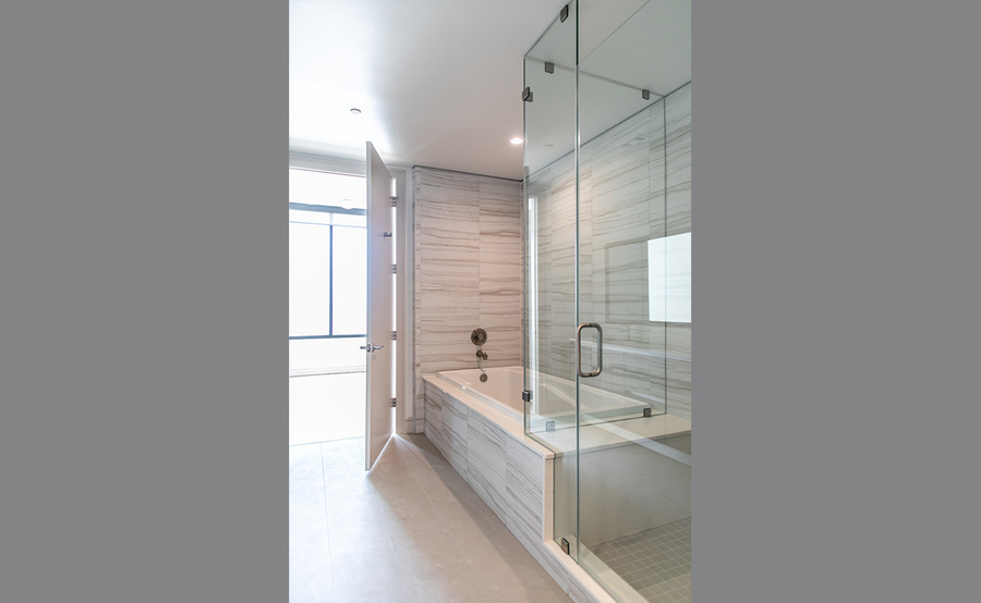 Gallery residences bath 2