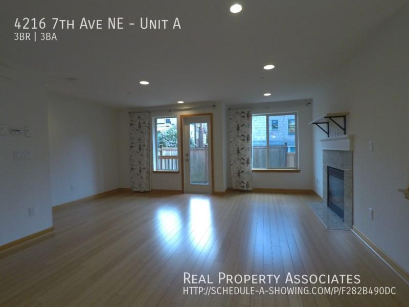 4216 7th Ave NE, Unit A, Seattle WA 98115 - Photo 5