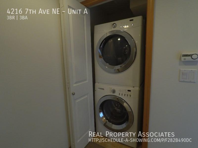 4216 7th Ave NE, Unit A, Seattle WA 98115 - Photo 9