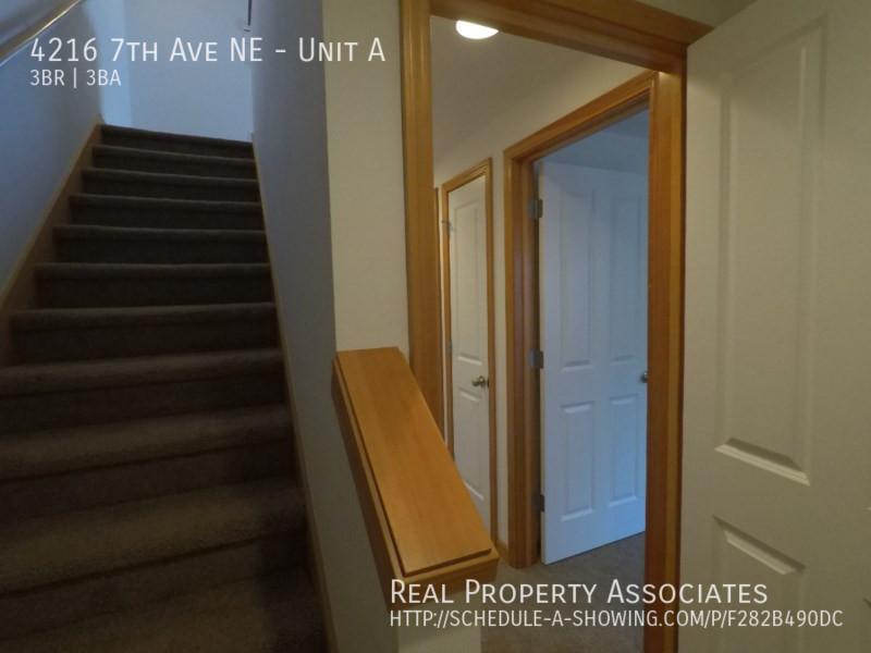 4216 7th Ave NE, Unit A, Seattle WA 98115 - Photo 14