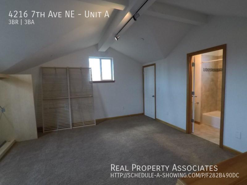 4216 7th Ave NE, Unit A, Seattle WA 98115 - Photo 15
