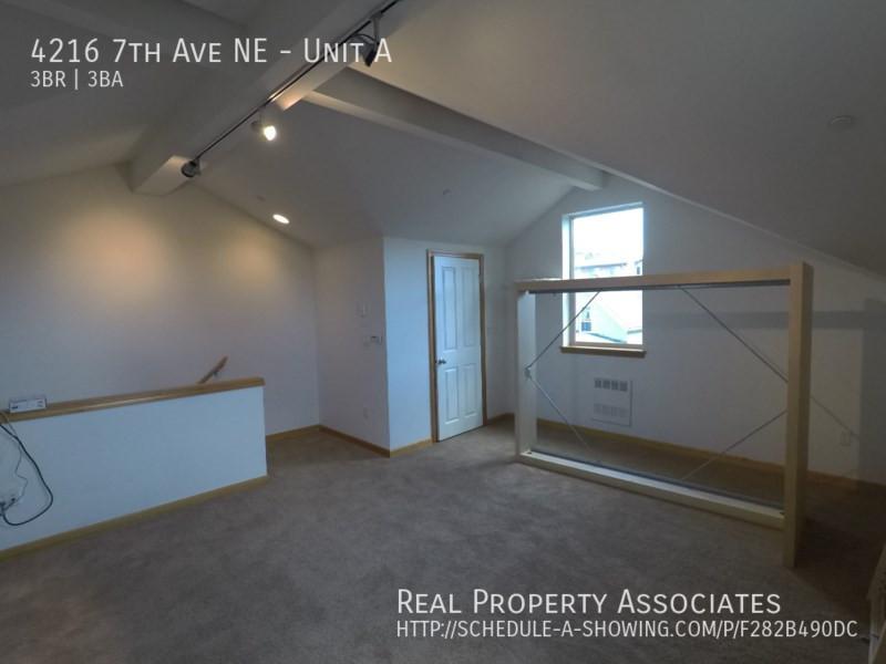 4216 7th Ave NE, Unit A, Seattle WA 98115 - Photo 16