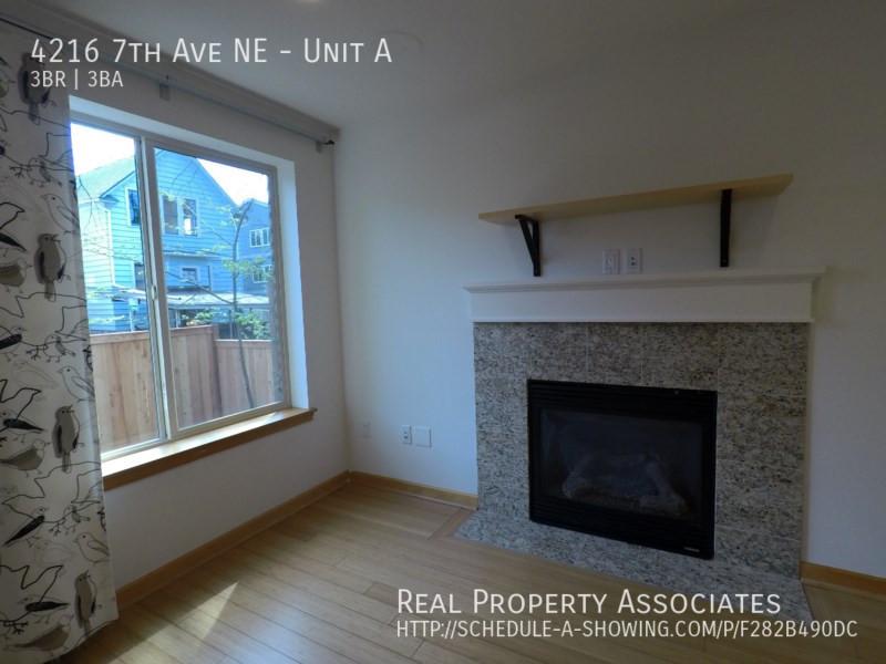 4216 7th Ave NE, Unit A, Seattle WA 98115 - Photo 27