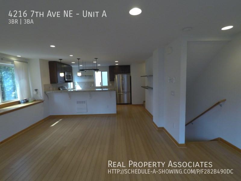 4216 7th Ave NE, Unit A, Seattle WA 98115 - Photo 28