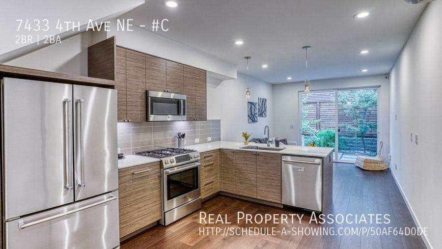 7433 4th Ave NE, #C, Seattle WA 98115 - Photo 4