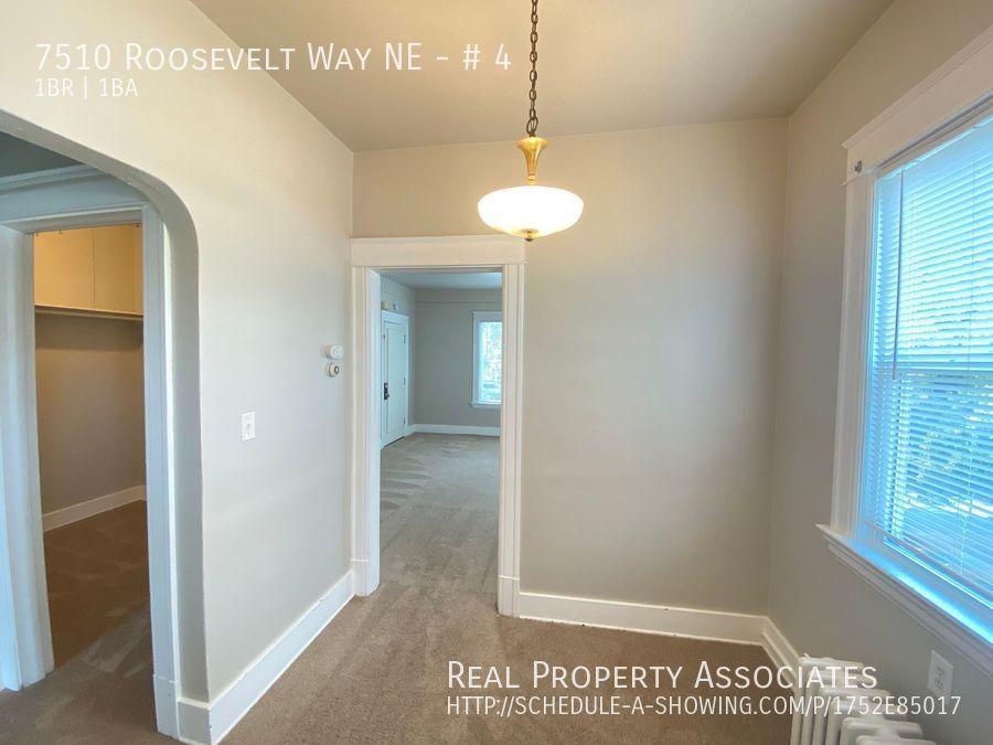 7510 Roosevelt Way NE, # 4, Seattle WA 98115 - Photo 8