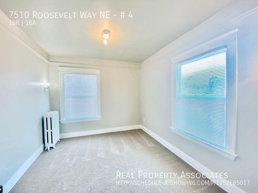 7510 Roosevelt Way NE, # 4, Seattle WA 98115 - Photo 10