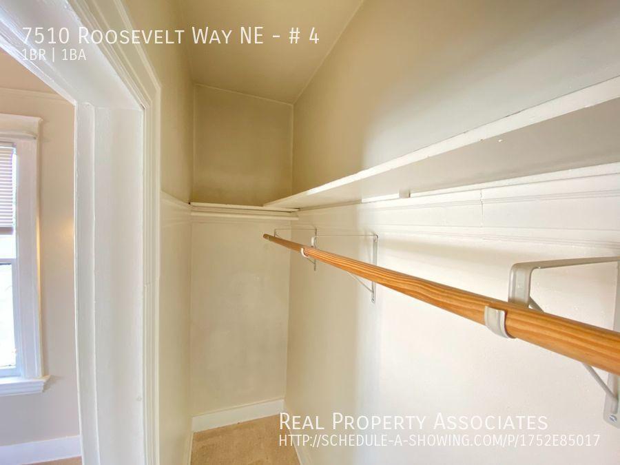 7510 Roosevelt Way NE, # 4, Seattle WA 98115 - Photo 12