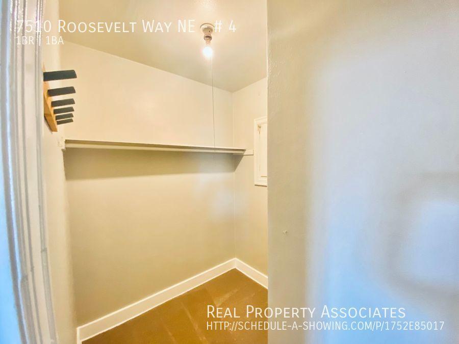 7510 Roosevelt Way NE, # 4, Seattle WA 98115 - Photo 16