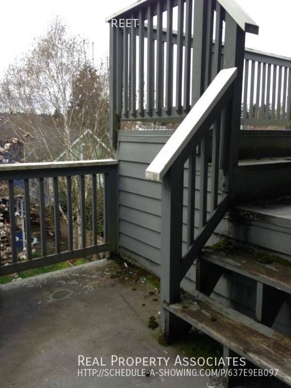 1127 N 85th Street, Seattle WA 98103 - Photo 13