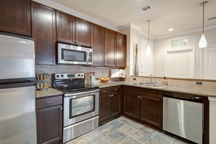 11la maison at river oaks kitchen1
