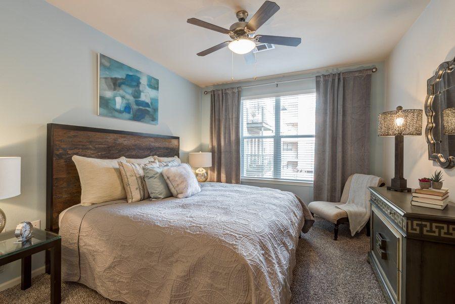 14la maison at river oaks bedroom2