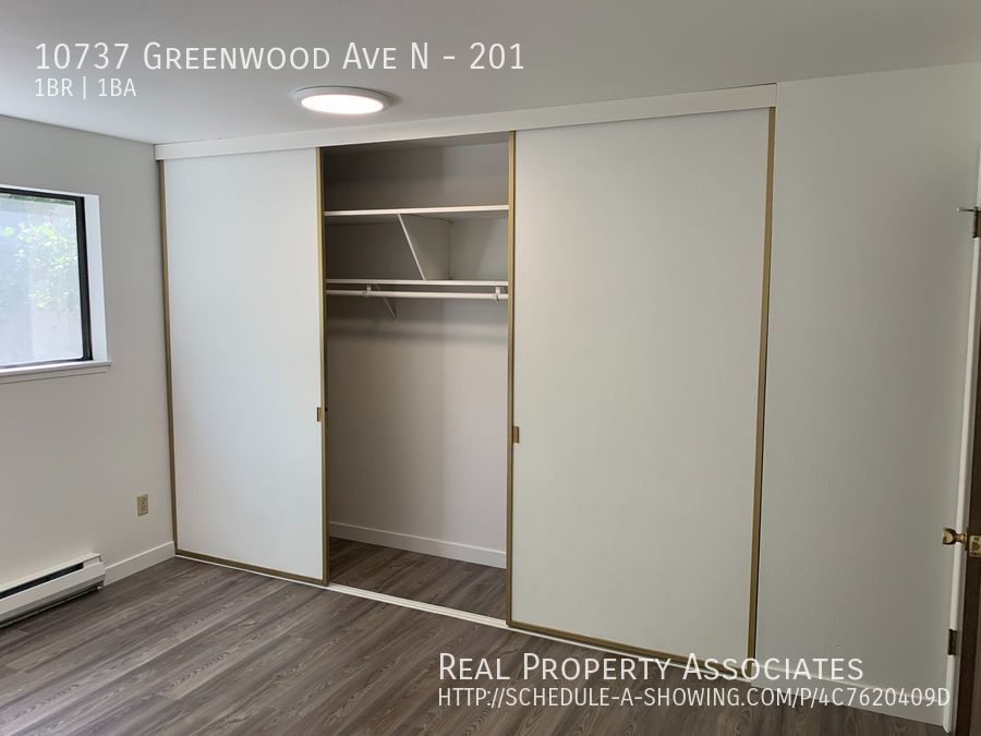 10737 Greenwood Ave N, 201, Seattle WA 98133 - Photo 10