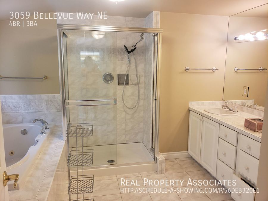3059 Bellevue Way NE, Bellevue WA 98004 - Photo 13