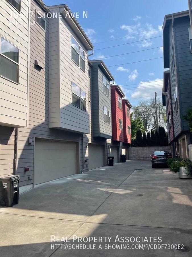 10507 Stone Ave N, Seattle WA 98133 - Photo 18