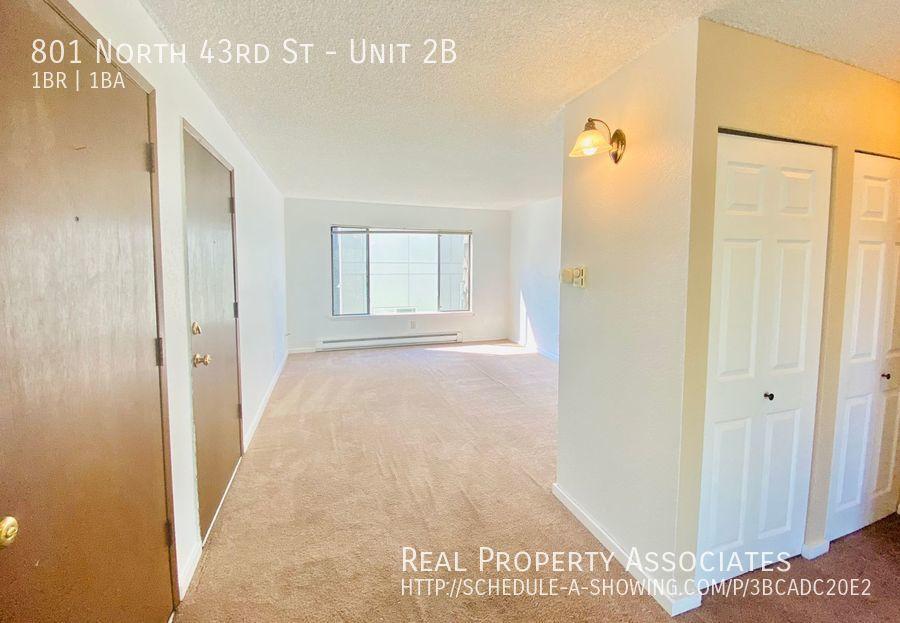 801 North 43rd St, Unit 2B, Seattle WA 98103 - Photo 5