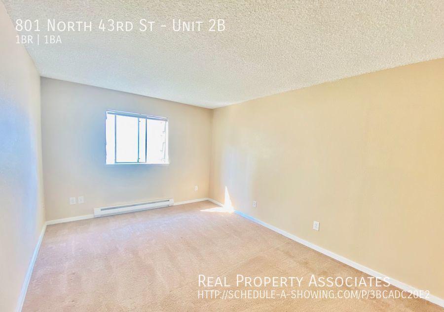 801 North 43rd St, Unit 2B, Seattle WA 98103 - Photo 11