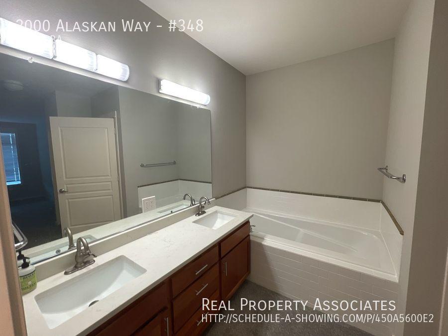 2000 Alaskan Way, #348, Seattle WA 98121 - Photo 18