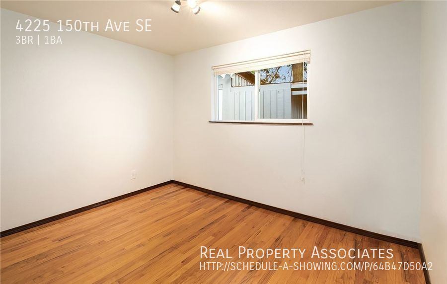 4225 150th Ave SE, Bellevue WA 98006 - Photo 6
