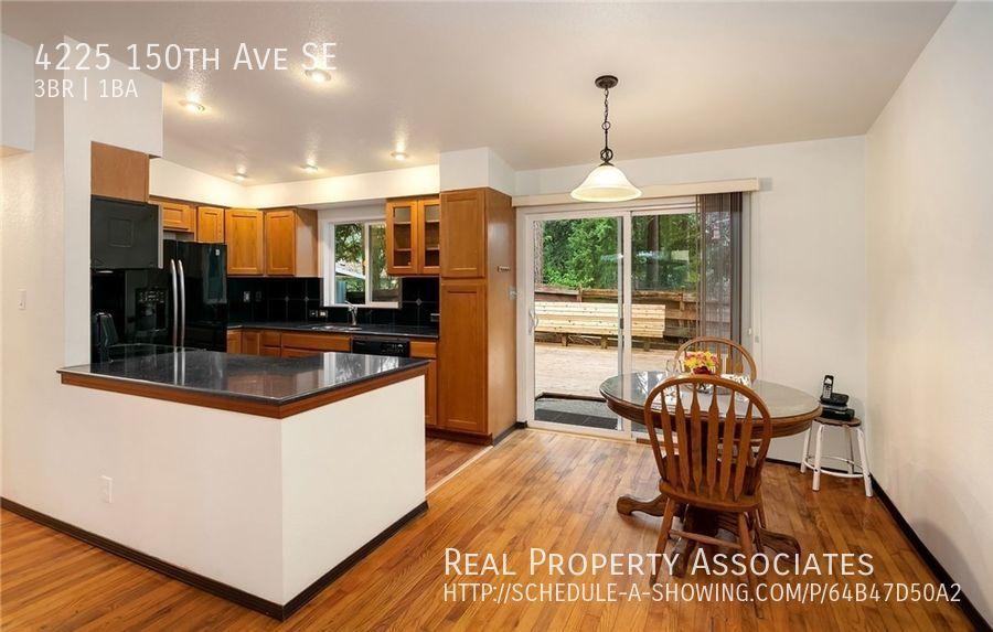 4225 150th Ave SE, Bellevue WA 98006 - Photo 8