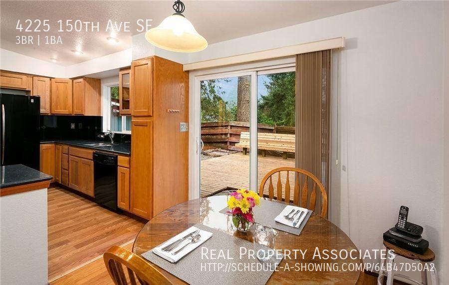 4225 150th Ave SE, Bellevue WA 98006 - Photo 10