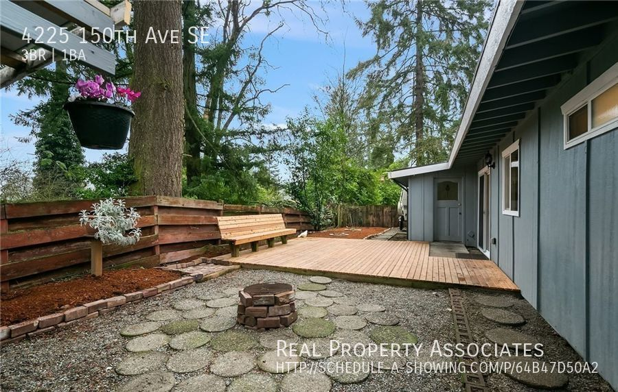 4225 150th Ave SE, Bellevue WA 98006 - Photo 13