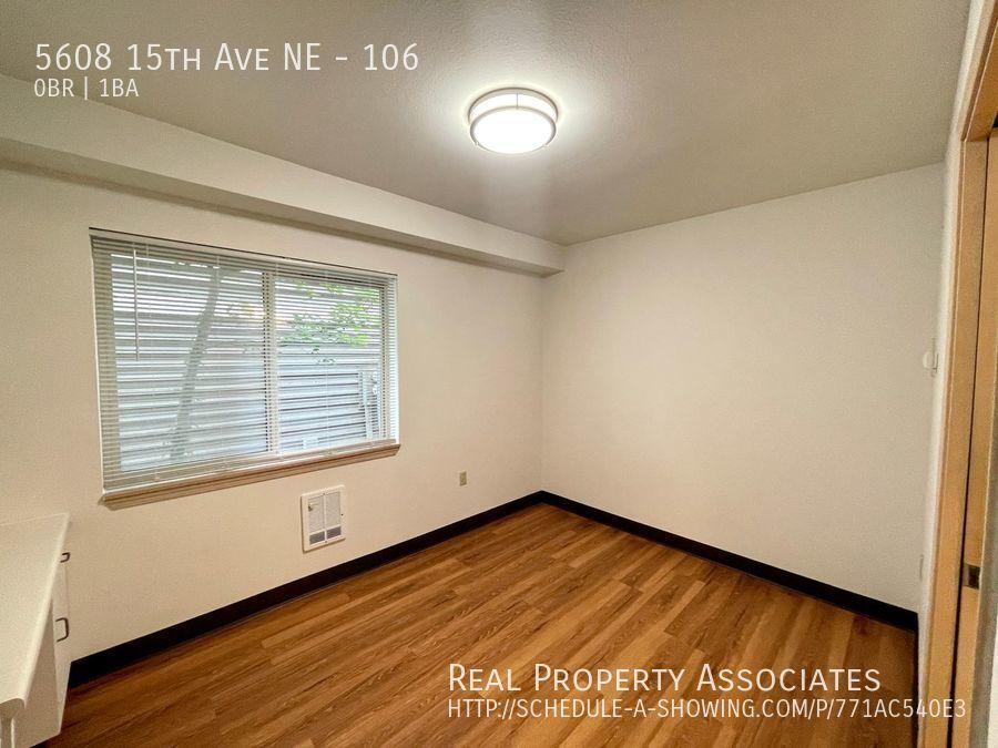 5608 15th Ave NE, 106, Seattle WA 98105 - Photo 4