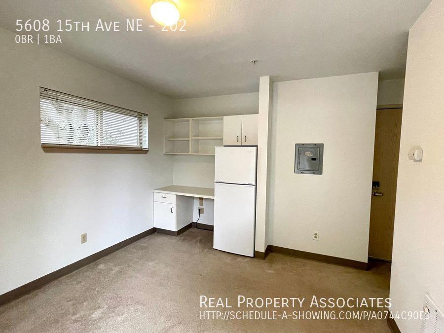 5608 15th Ave NE, 202, Seattle WA 98105 - Photo 8