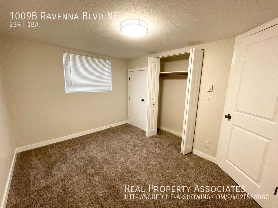 1009B Ravenna Blvd NE, Seattle WA 98105 - Photo 7