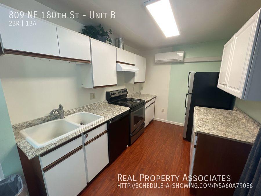 809 NE 180th St, Unit B, Shoreline WA 98155 - Photo 5
