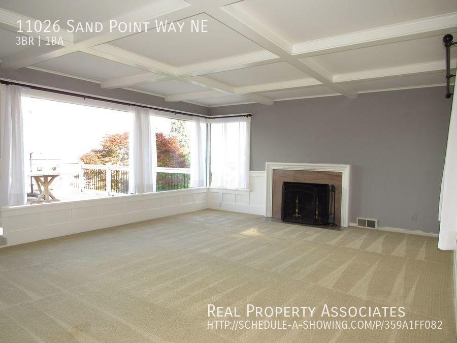 11026 Sand Point Way NE, Seattle WA 98125 - Photo 4