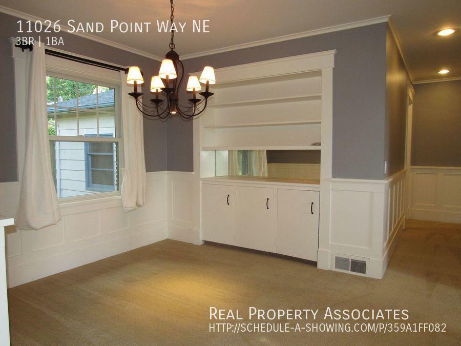 11026 Sand Point Way NE, Seattle WA 98125 - Photo 7