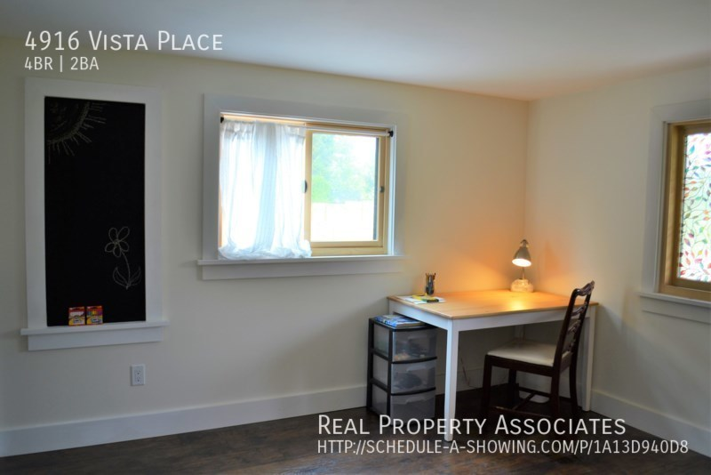 4916 Vista Place, Everett WA 98203 - Photo 8