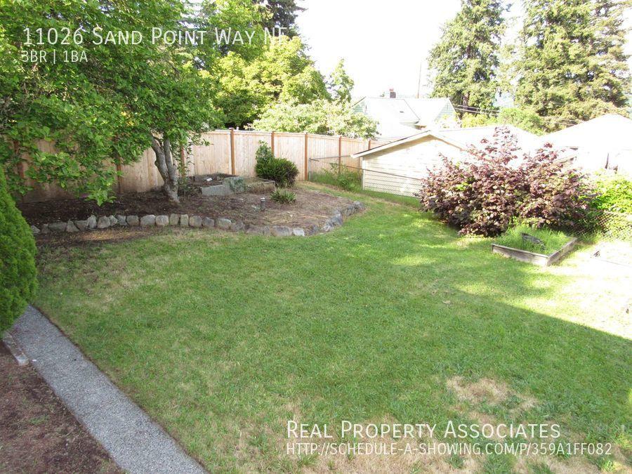 11026 Sand Point Way NE, Seattle WA 98125 - Photo 14