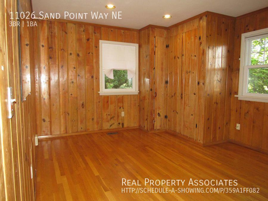 11026 Sand Point Way NE, Seattle WA 98125 - Photo 15