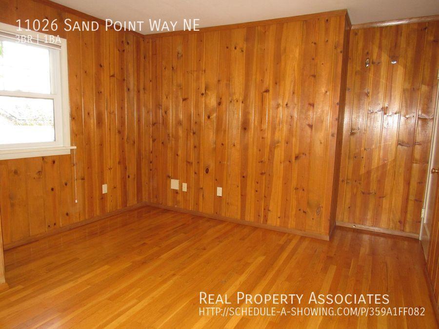 11026 Sand Point Way NE, Seattle WA 98125 - Photo 16