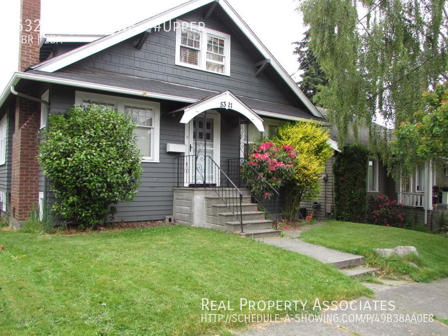5321 7th Ave NE, Seattle WA 98105 Photo