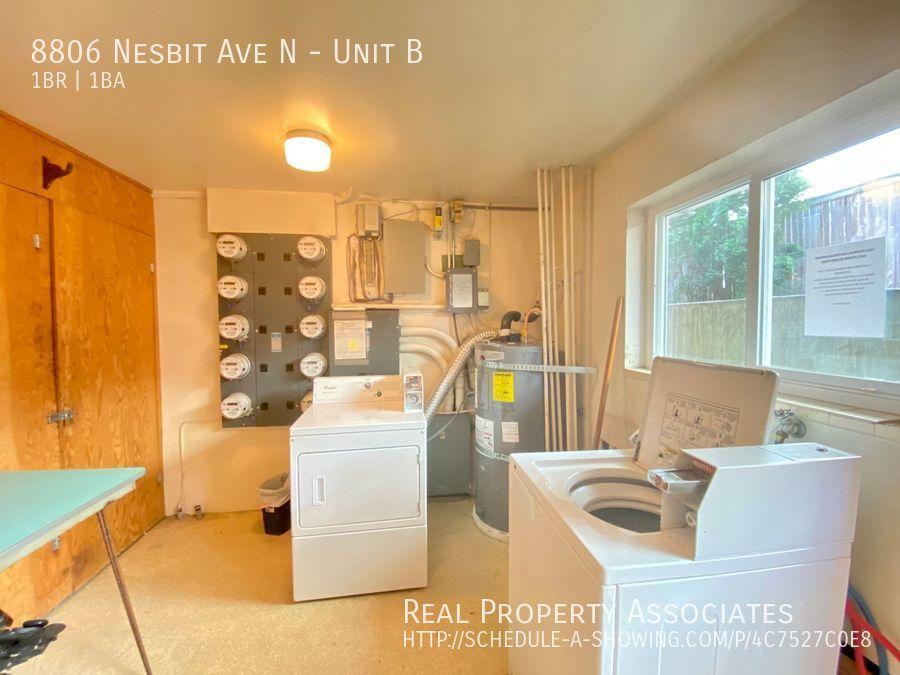 8806 Nesbit Ave N, Unit B, Seattle WA 98103 - Photo 13