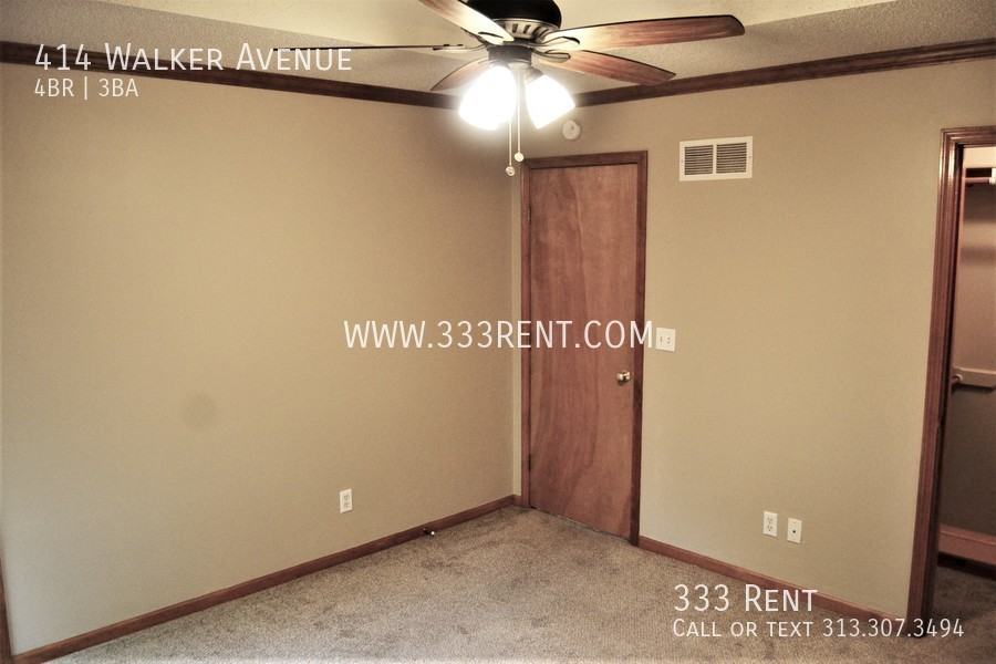 8master bedroom