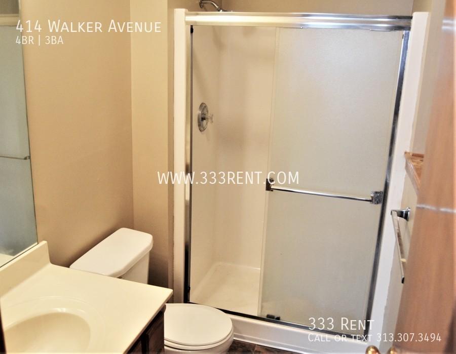 12bathroom 3