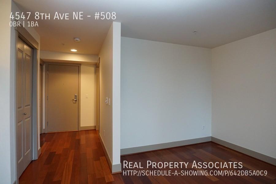 4547 8th Ave NE, #508, Seattle WA 98105 - Photo 4