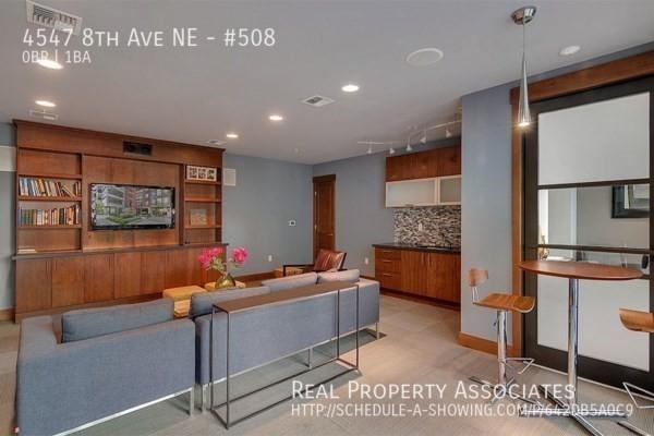 4547 8th Ave NE, #508, Seattle WA 98105 - Photo 11