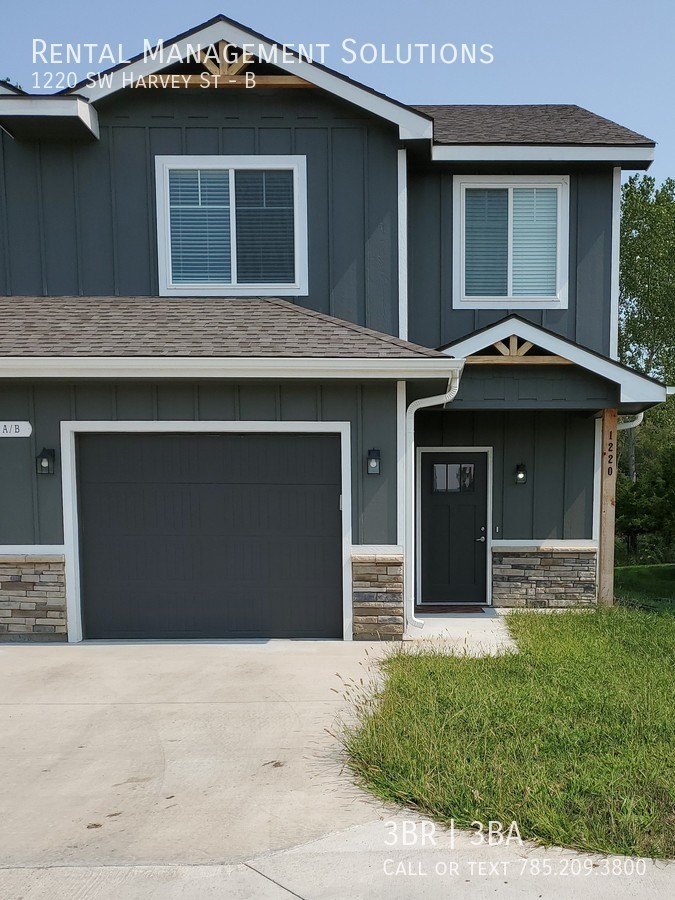Townhouse for Rent in Topeka