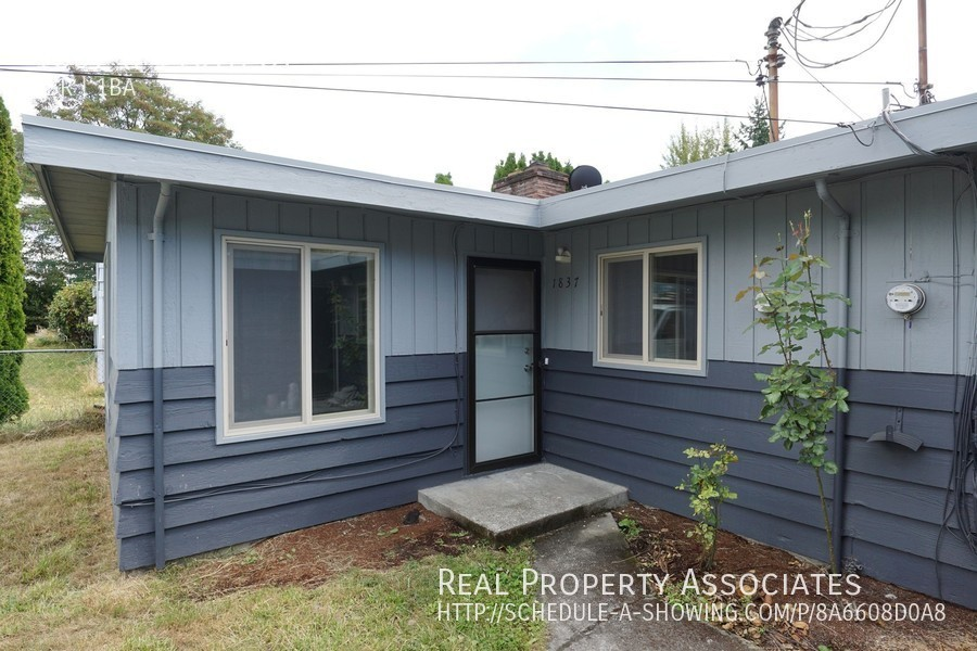1837 S 116th St, Seattle WA 98168 - Photo 12