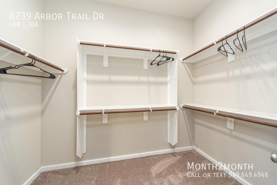 8739 arbor trail 13
